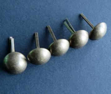 Bodemdoppen - basestuds brons 16 mm