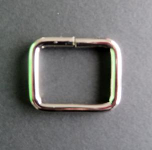 Vierkante ring nikkel 34 mm binnenmaat 25 mm geschikt voor 2,5 cm band