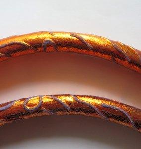 Tashengsels echt metalic leer in 4 lengtes  met NIKKELof MESSING musketons
