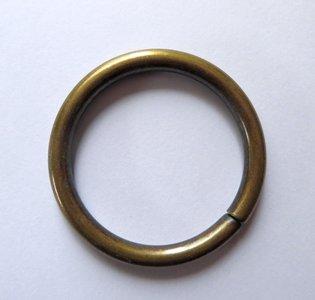 Ring brons 50 mm buitenmaat dikte draad 5 mm