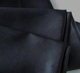 Voeringstof antracietgrijs 150 cm breed stevige kwaliteit.