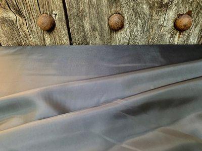 Voeringstof middengrijs 150 cm breed ook geschikt  voor tassen zware kwaliteit